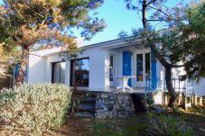 Maison à Bretignolles-sur-Mer - Maison vendéenne « sous les pins »